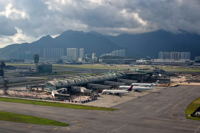 Hong_Kong_International_Airport_Midfield_Concourse